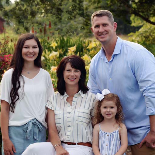 Chiropractor Golden MS Raymond Shook And Family